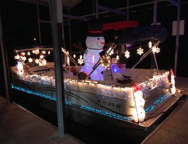 Bluff Marina lighted Boat Parade boat