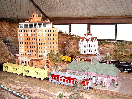 Clark Gardens Model Train Miniature Exhibit